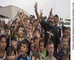 Türkiye'deki 992 bin Suriyeli çocuktan ancak 330 bini okullu